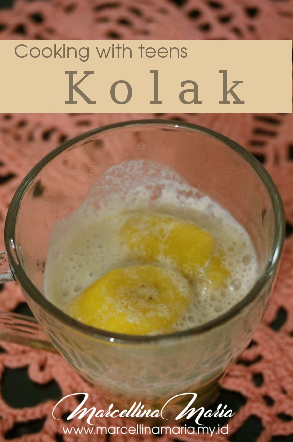 Cooking with teen: kolak, a very famous Indonesian dessert